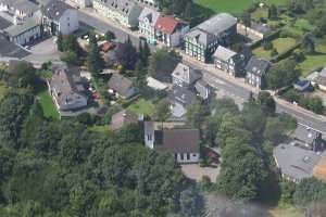 Kirche Bergisch Born an der B51